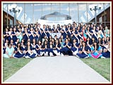 The Swaminarayan Sampraday: 1781 Kishoris Group Photo Session