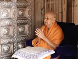 Swamishri engaged in darshan at Smruti Mandir