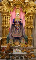 Annakut offered to Shri Ghanshyam Maharaj
