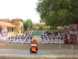 Swamishri blesses youths of 'Yuva Talim Kendra' 2012 batch