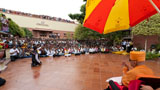 Devotees overwhelmed by Swamishri's darshan