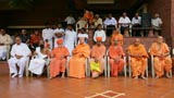 Religious leaders from different mandirs waiting to greet Swamishri