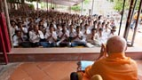Bal Karyakars engaged in darshan of Swamishri