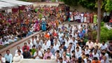 Devotees gathered for  Swamishri's darshan