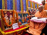 Swamishri performs pujan of the murtis of Nardipur Mandir