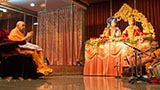 Swamishri arrives in the ravi satsang sabha