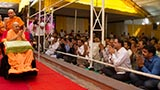 Swamishri blesses devotees from Nagpur