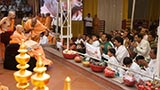 Devotees from Sankari doing darshan of Swamishri