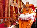 Swamishri sanctifies bricks to start construction of new BAPS Mandir at Jindva (Dahegam), India