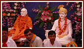 Murtis of Brahmaswarup Bhagatji Maharaj and Brahmaswarup Yogiji Maharaj to be consecrated in guru shikhars of Gondal Mandir