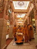 Swamishri in the abhishek mandapam
