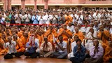 Devotees and sadhus doing darshan of Swamishri