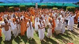 Sadhus and parshads rejoice before Swamishri