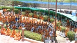 Sadhus and parshads doing darshan of Swamishri