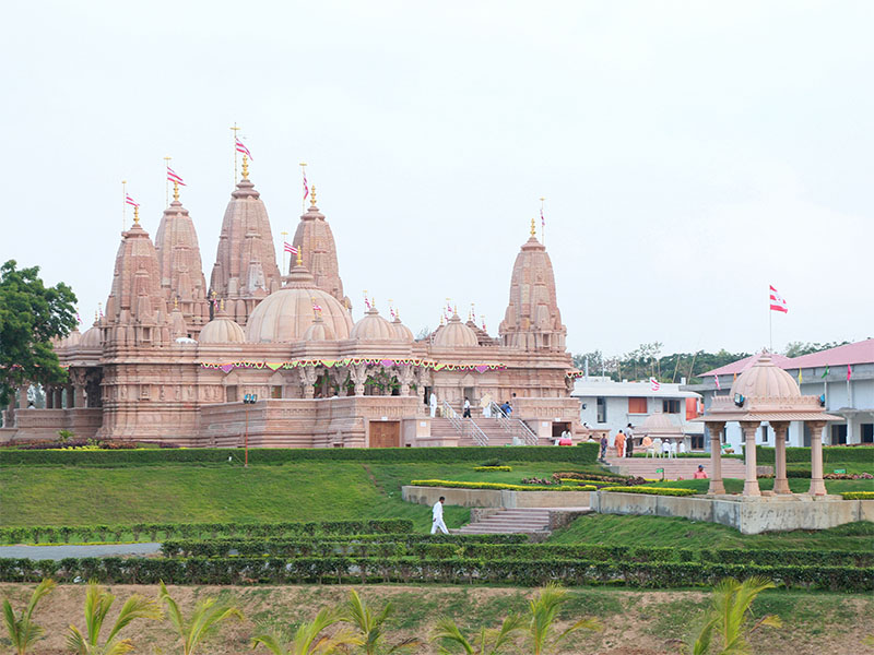 Silvassa India  City new picture : Murti Pratishtha of BAPS Swaminarayan Mandir, Silvassa, India