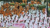 Youths of 'Yuva Talim Kendra' and sadhus doing darshan of Swamishri