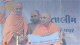 Swamishri lights the inaugural lamp for new batch of 'Yuva Talim Kendra'