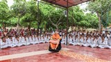 Swamishri with youths of 'Yuva Talim Kendra'