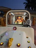 Swamishri on his way for Chopda Pujan