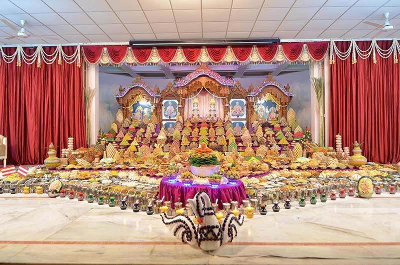 Gandhinagar India  City pictures : Annakut Celebrations, Gandhinagar, India