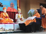 Swamishri performs murti-pratishtha rituals for Mahuva mandir, the birthplace of Brahmaswarup Bhagatji Maharaj