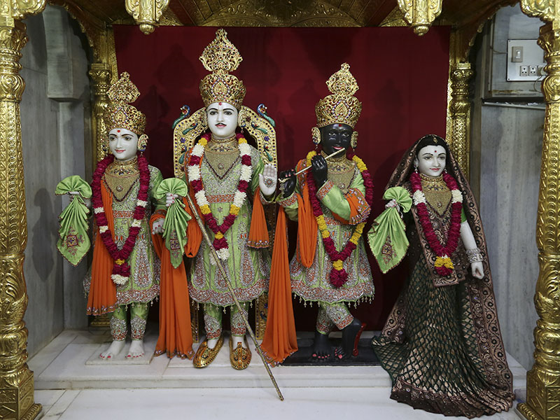 Shri Varninath Dev and Shri Gopinath Dev