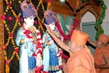 Swamishri and senior sadhus performs murti-pratishtha of Akshar Purushottam Maharaj, Radha Krishna Dev and Guru Parampara
