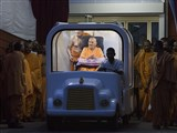 Swamishri on his way for darshan at Akshardham in the evening