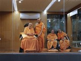 HH Pramukh Swami Maharaj arrives in the mandir grounds in evening