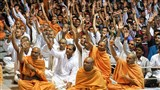 Sadhus and devotees hail Jai of Bhagwan Swaminarayan