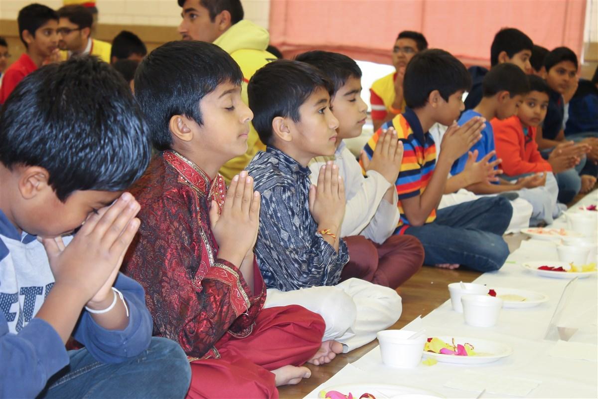 Calgary (AB) Canada  city pictures gallery : Kids' Diwali Celebration 2014, Calgary, AB, Canada
