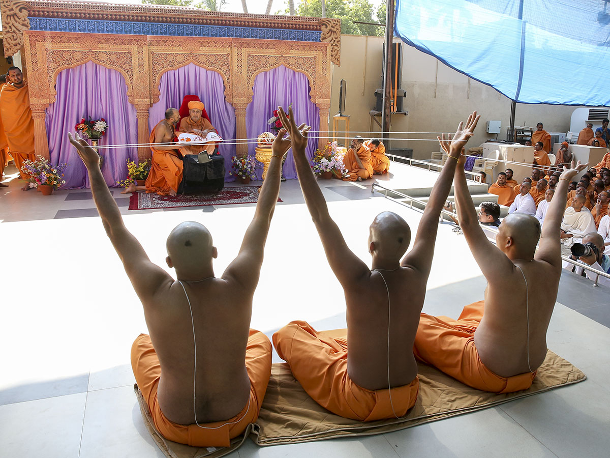 Newly initiated sadhus participate in first diksha ceremony - three parshads given diksha as sadhus during this ceremony