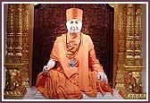 Pragat Brahmswarup Pramukh Swami Maharaj