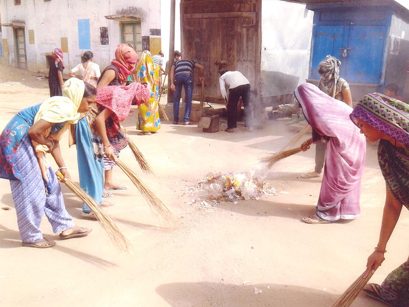 BAPS Cleanliness Drive (Women's Wing), Popatpura