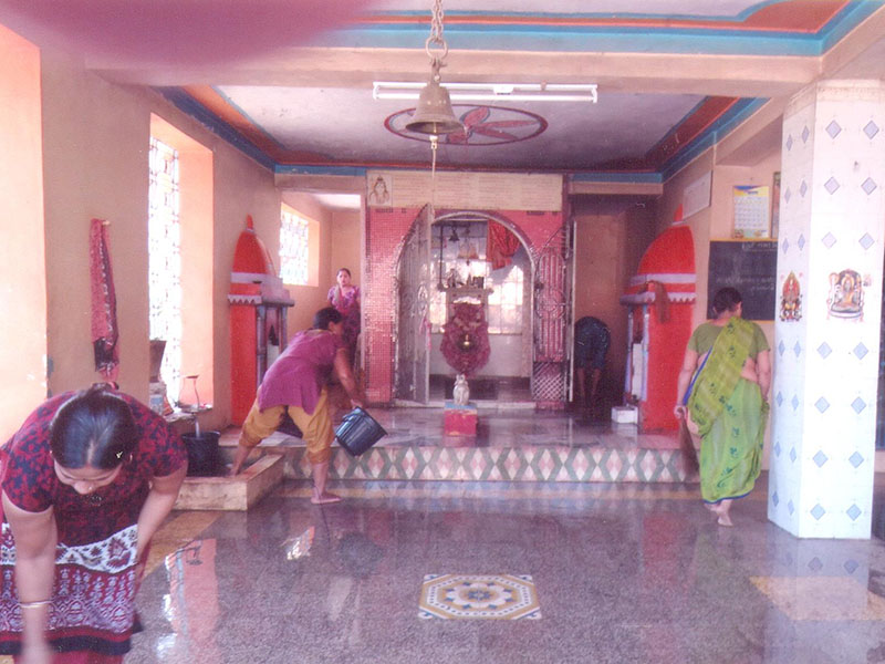 BAPS Cleanliness Drive (Women's Wing), Porda