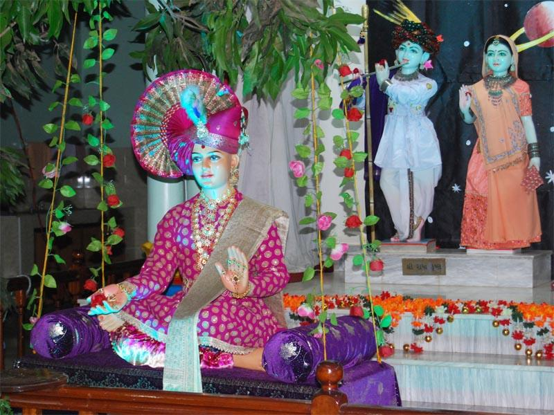 Bhagatji Maharaj Jayanti and Pushpadolotsav Celebrations -
