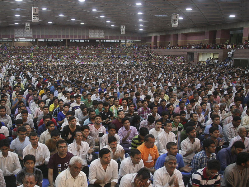 Dr APJ Abdul Kalam Honored in BAPS Assembly, Ahmedabad