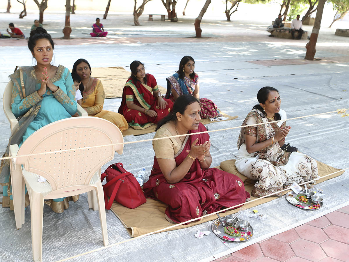 Mothers and relatives of sadhaks during mahapuja