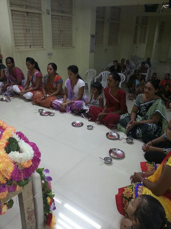 'Sanskruti' Yuvati Parayan during the auspicious month of Shravan, Valasan