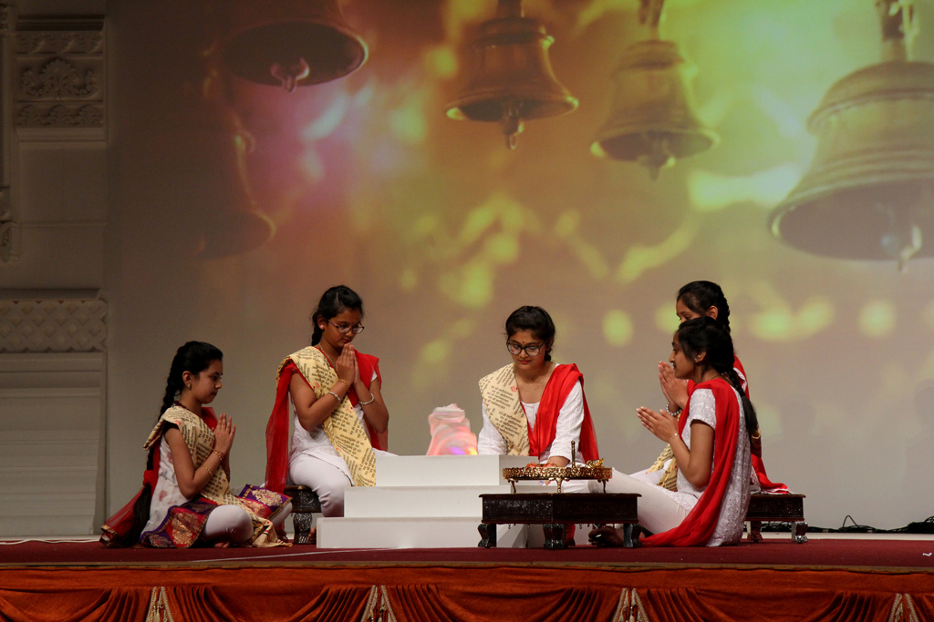 London Mandir 20th Anniversary: Finale Mahila Celebrations