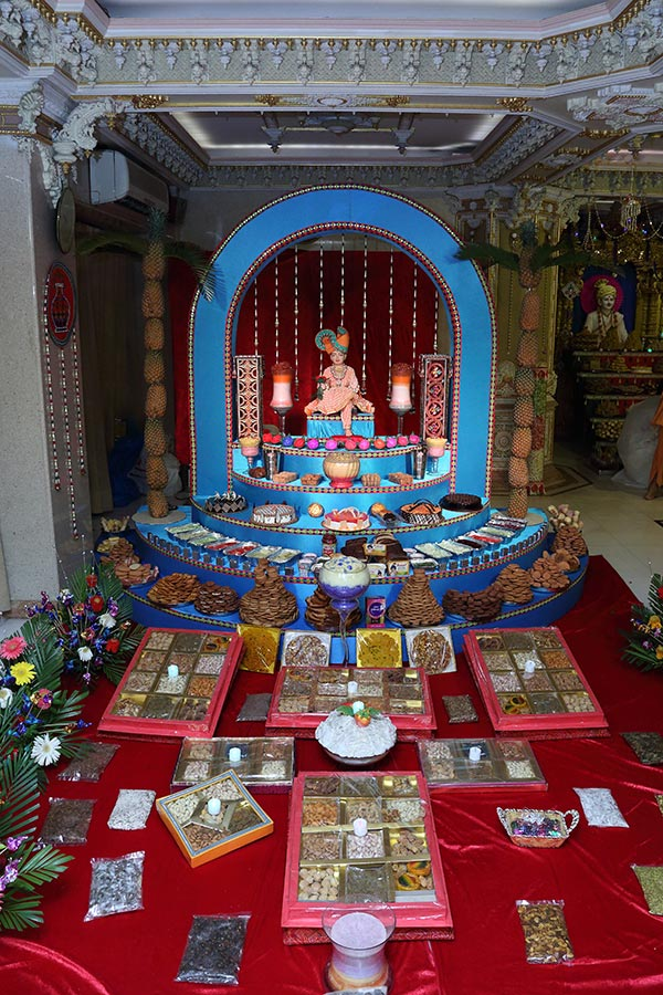 Annakut Celebration at BAPS Shri Swaminarayan Mandir, Mumbai