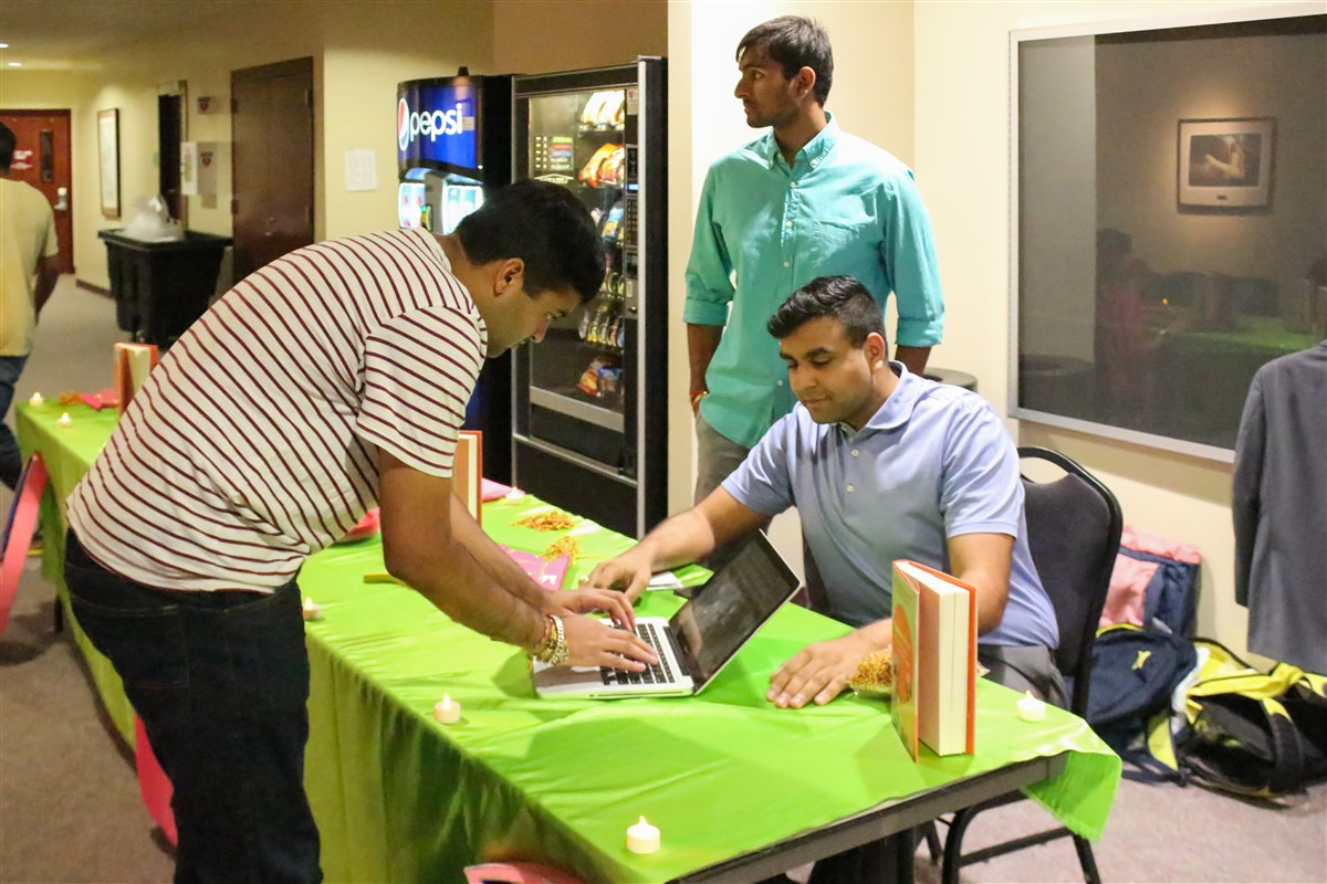Texas A&M Campus Fellowship Celebrates Diwali