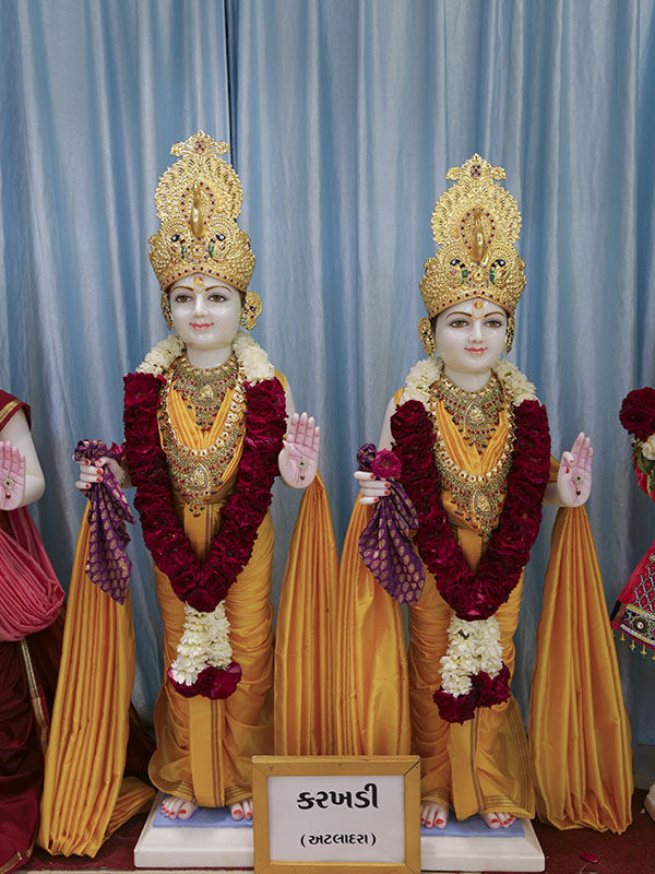 New murtis to be consecrated at BAPS Shri Swaminarayan Mandir, Karakhdi, India
