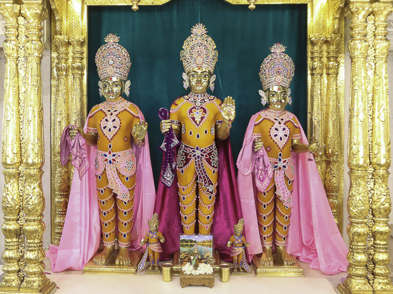 Chandan Adornments 2016, Sarangpur