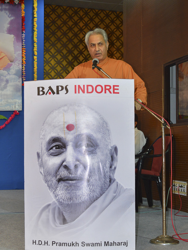 Tribute Assembly in Honor of HH Pramukh Swami Maharaj, Indore