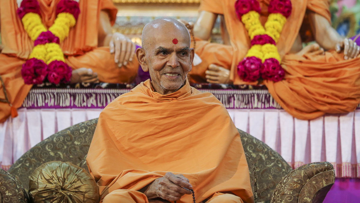 Param Pujya Mahant Swami during the Shastriji Maharaj Smruti Din assembly, 19 Sep 2016