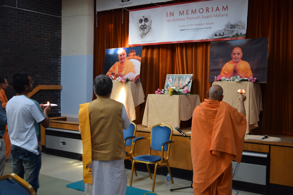 Tribute Assembly in Honour of HH Pramukh Swami Maharaj, Glasgow, UK