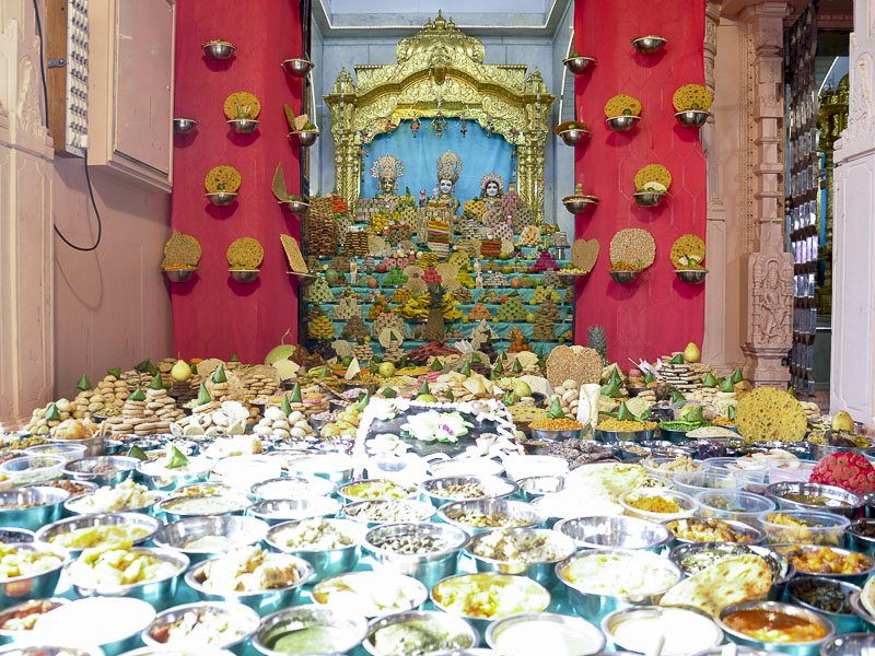 Annakut Celebrations 2016, Mahesana