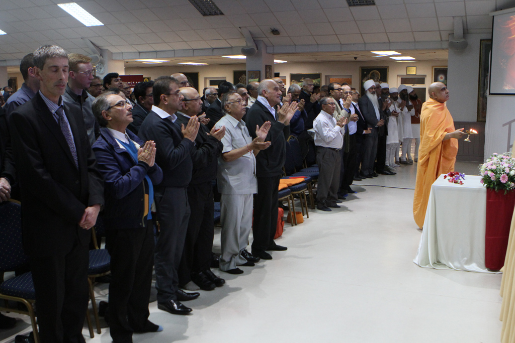 Tribute Assembly in Honour of HH Pramukh Swami Maharaj, Birmingham, UK