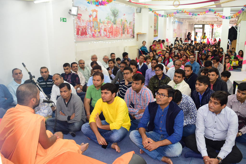 Tribute Assembly in Honour of HH Pramukh Swami Maharaj, Antwerp, Belgium